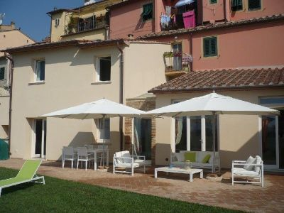 Image 2 | 3 bedroom house for sale with 600m2 of land, Pisa, Tuscany 193696