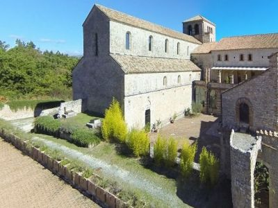 Image 5 | Magnificent renovated former abbey with various apartments for sale in Rieti  194139