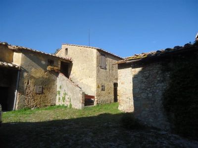 Image 2   Fabulous estate/hamlet for sale in Tuscany with 170 hectares of land 194338