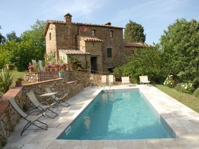 Image 1 | 7 bedroom farmhouse for sale with 1 hectares of land, Radicondoli, Siena, Tuscany 196890