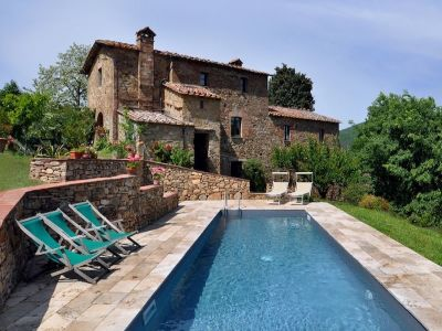 Image 3 | 7 bedroom farmhouse for sale with 1 hectares of land, Radicondoli, Siena, Tuscany 196890