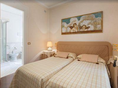 Image 21 | 7 bedroom villa for sale with 0.4 hectares of land, Lake Garda, Brescia, Lake Garda 198135
