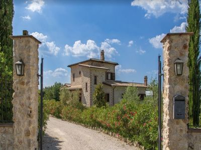 Image 2 | 5 bedroom villa for sale with 1.35 hectares of land, Terni, Umbria 198686