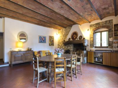 Image 12   Fabulous Tuscan estate for sale with three buildings, 13 bedrooms in total 198742