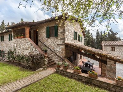 Image 3   Fabulous Tuscan estate for sale with three buildings, 13 bedrooms in total 198742