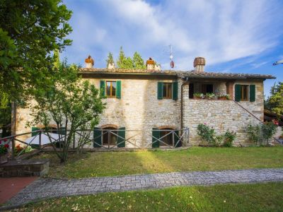 Image 4   Fabulous Tuscan estate for sale with three buildings, 13 bedrooms in total 198742