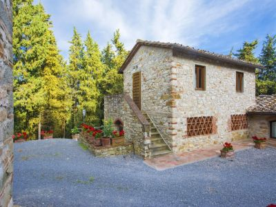 Image 5   Fabulous Tuscan estate for sale with three buildings, 13 bedrooms in total 198742