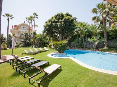 Image 1 | 7 bedroom villa for sale with 2,000m2 of land, Sitges, Barcelona, Catalonia 198987