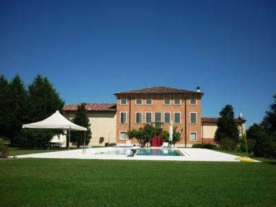 Image 2 | 9 bedroom villa for sale with 4 hectares of land, Verona, Veneto 199206