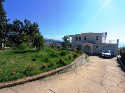 Image 1 | 6 bedroom house for sale with 0.22 hectares of land, Dobra Voda, Bar, Coastal Montenegro 199761
