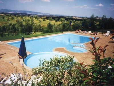 Image 2 | 2 bedroom house for sale with 150m2 of land, Castelfalfi, Florence, Chianti 200969