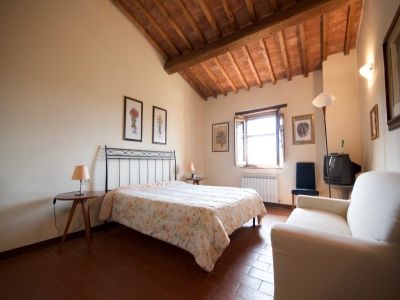 Image 4 | 2 bedroom house for sale with 150m2 of land, Castelfalfi, Florence, Chianti 200969