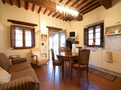 Image 7 | 2 bedroom house for sale with 150m2 of land, Castelfalfi, Florence, Chianti 200969