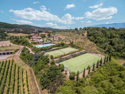 Image 2 | Prestigious Estate with a total of 80 bedrooms for sale, located in Bucine, Arezzo 200986
