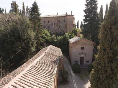 Image 12 | 20 bedroom manor house for sale with 1 hectares of land, Montalcino, Siena, Tuscany 200988