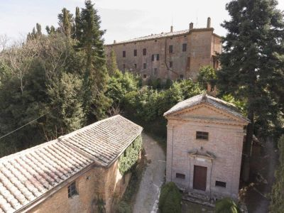 Image 14 | 20 bedroom manor house for sale with 1 hectares of land, Montalcino, Siena, Tuscany 200988