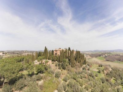Image 20 | 20 bedroom manor house for sale with 1 hectares of land, Montalcino, Siena, Tuscany 200988