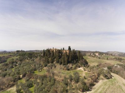 Image 21 | 20 bedroom manor house for sale with 1 hectares of land, Montalcino, Siena, Tuscany 200988