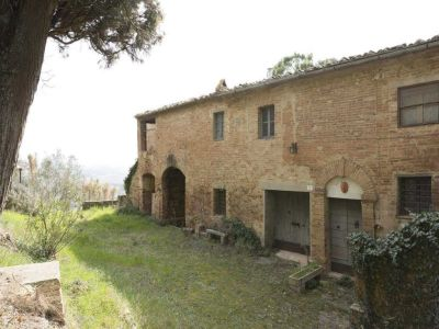 Image 23 | 20 bedroom manor house for sale with 1 hectares of land, Montalcino, Siena, Tuscany 200988