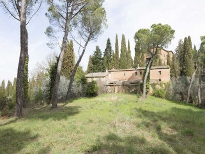 Image 27 | 20 bedroom manor house for sale with 1 hectares of land, Montalcino, Siena, Tuscany 200988