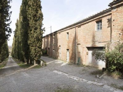 Image 31 | 20 bedroom manor house for sale with 1 hectares of land, Montalcino, Siena, Tuscany 200988
