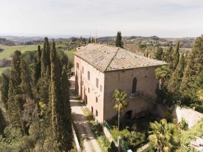 Image 9 | 20 bedroom manor house for sale with 1 hectares of land, Montalcino, Siena, Tuscany 200988