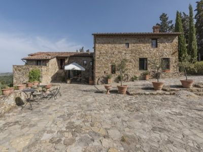 Image 2 | 10 bedroom farmhouse for sale with 2 hectares of land, Castellina in Chianti, Florence, Chianti 201930