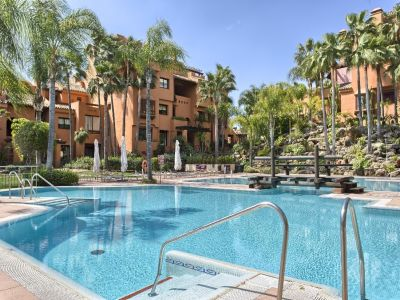 Image 1 | 3 bedroom apartment for sale, Puerto Banus, Malaga Costa del Sol, Andalucia 202143