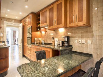 Image 11   3 bedroom apartment for sale, Puerto Banus, Malaga Costa del Sol, Andalucia 202143