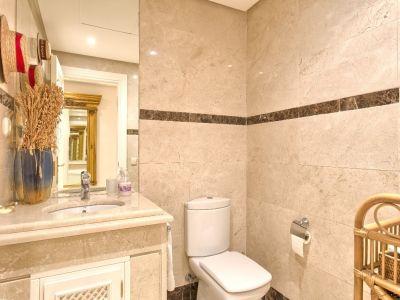 Image 18   3 bedroom apartment for sale, Puerto Banus, Malaga Costa del Sol, Andalucia 202143
