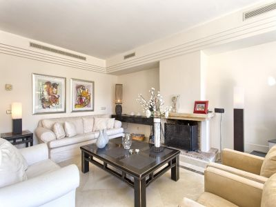 Image 7 | 3 bedroom apartment for sale, Puerto Banus, Malaga Costa del Sol, Andalucia 202143