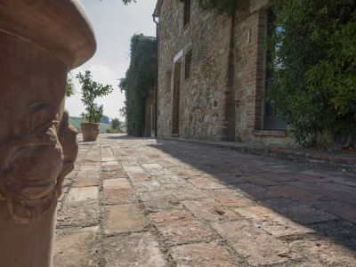 Image 2 | 4 bedroom villa for sale with 110 hectares of land, Trequanda, Siena, Chianti 202371