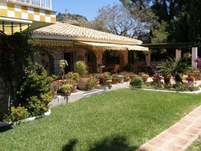Image 2 | 18 bedroom villa for sale with 3.12 hectares of land, Mijas, Malaga Costa del Sol, Andalucia 202413