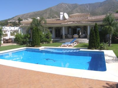 Image 1 | 4 bedroom villa for sale with 0.2 hectares of land, Mijas, Malaga Costa del Sol, Andalucia 202432