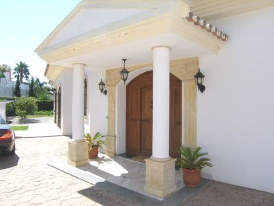 Image 2 | 4 bedroom villa for sale with 0.2 hectares of land, Mijas, Malaga Costa del Sol, Andalucia 202432