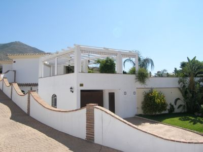 Image 3 | 4 bedroom villa for sale with 0.2 hectares of land, Mijas, Malaga Costa del Sol, Andalucia 202432