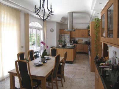 Image 7 | 4 bedroom villa for sale with 0.2 hectares of land, Mijas, Malaga Costa del Sol, Andalucia 202432