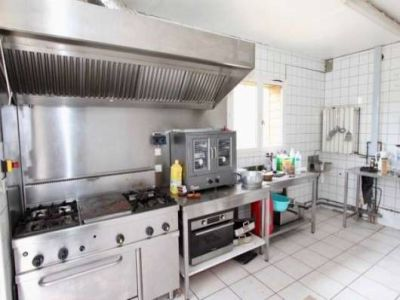 Image 8 | 12 bedroom farmhouse for sale with 120.52 hectares of land, Carcassonne, Aude , Languedoc-Roussillon 202620