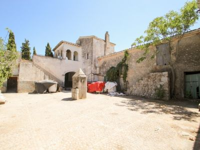 Image 1   Manor House for sale with 50 hectares of land, Lloret, Pina, Central Mallorca, Mallorca 203053