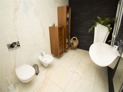 Image 16 | 4 bedroom villa for sale with 1,000m2 of land, Albufeira, Central Algarve, Algarve 204021
