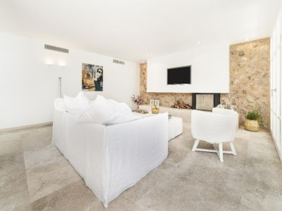 Image 3 | 4 bedroom villa for sale with 1,246m2 of land, Bendinat, South Western Mallorca, Mallorca 204322