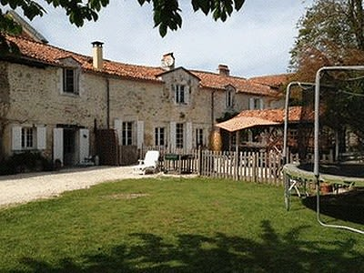 Image 5 | 9 bedroom house for sale with 6.36 hectares of land, Verteillac, Dordogne , Dordogne Perigord Vert 204499