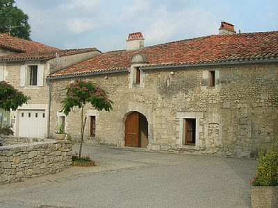 Image 6 | 9 bedroom house for sale with 6.36 hectares of land, Verteillac, Dordogne , Dordogne Perigord Vert 204499
