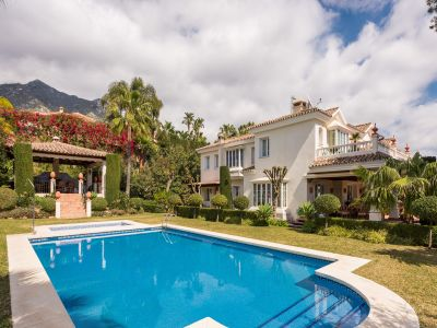 Image 2 | 6 bedroom villa for sale with 0.23 hectares of land, Sierra Blanca, Marbella, Malaga Costa del Sol, Marbella Golden Mile 205134