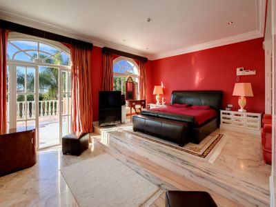 Image 8 | 7 bedroom villa for sale with 0.59 hectares of land, Benahavis, Malaga Costa del Sol, Andalucia 205391