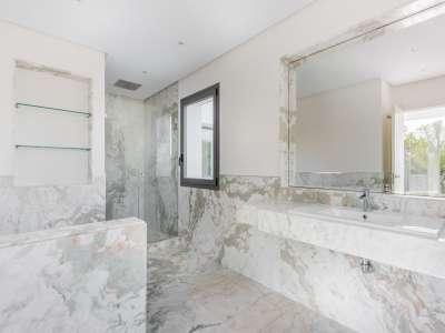 Image 11 | 5 bedroom villa for sale with 1,539m2 of land, Casasola, Estepona, Malaga Costa del Sol, Andalucia 205897