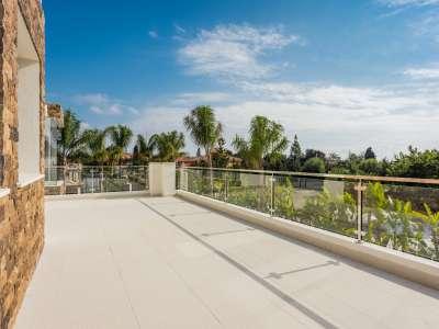 Image 3 | 5 bedroom villa for sale with 1,539m2 of land, Casasola, Estepona, Malaga Costa del Sol, Andalucia 205897
