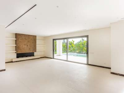Image 4 | 5 bedroom villa for sale with 1,539m2 of land, Casasola, Estepona, Malaga Costa del Sol, Andalucia 205897