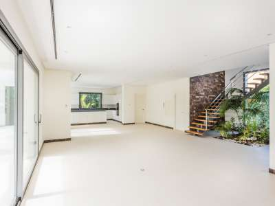 Image 5 | 5 bedroom villa for sale with 1,539m2 of land, Casasola, Estepona, Malaga Costa del Sol, Andalucia 205897
