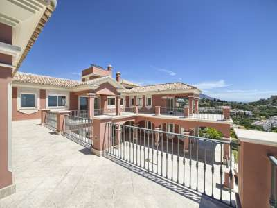 Image 8 | 12 bedroom villa for sale with 0.53 hectares of land, Los Arqueros Golf, Benahavis, Malaga Costa del Sol, Andalucia 205929